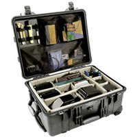 Pelican1560 Case Black w/Dividers w/Retractable Handle & Wheels