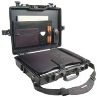 Pelican1495CC1 Deluxe Laptop Case (Black)