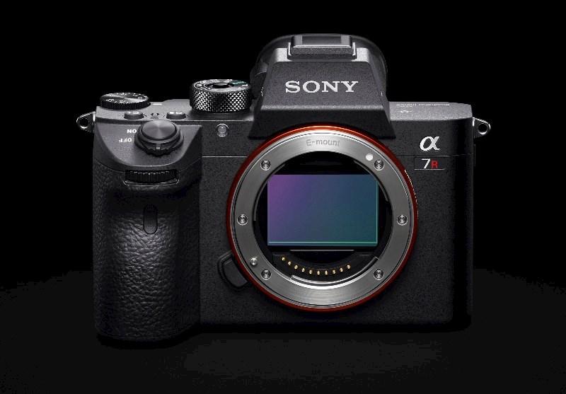 Sony Alpha A7RIII Body
