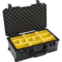 Pelican1535 Air Case Black w/Padded Dividers, w/Retractable Handle & Wheels