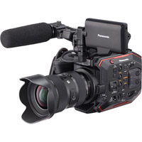 PanasonicAU-EVA1 Compact 5.7K Super 35mm Cinema Camera