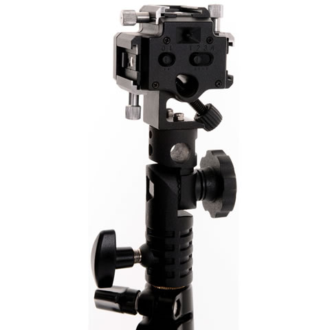 Triflash Sync Bracket with 3x Locking Shoe Mounts and Sync